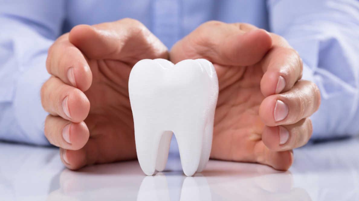 Pesquisadores usam flocos de neve para explicar a formação de esmalte dentário